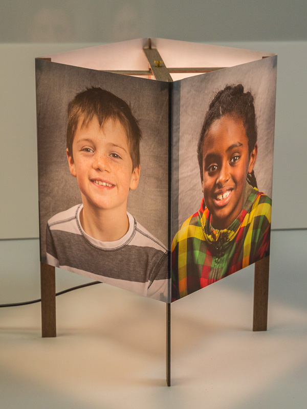 Basic table lamp with portraits